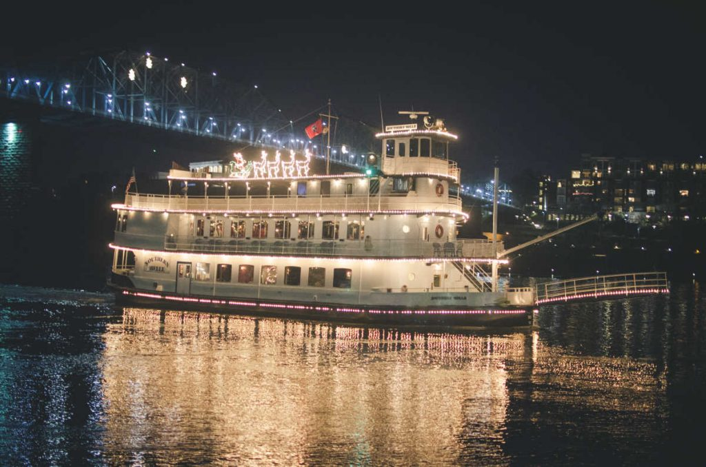 Southern Belle Riverboat - Christmas Carol Dinner on the Tennessee River